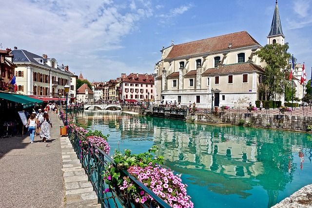 camping location Annecy